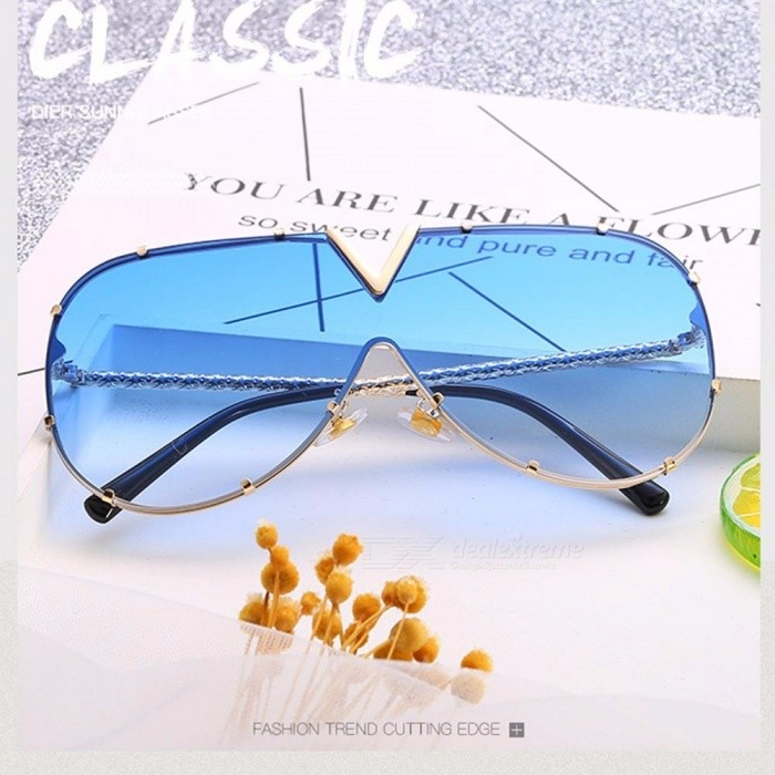 New Fashion Women's Oval Sunglasses One Piece Ocean Color Transparent Lens Sun Glasses Brand Designer For Women Black