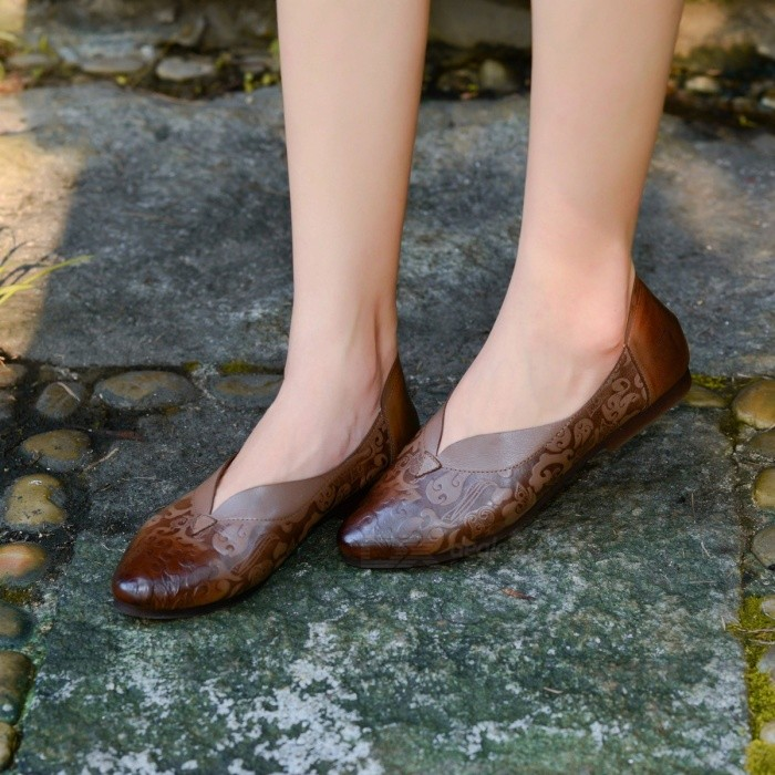 Handmade-Retro-Genuine-Leather-Womens-Shoes-Pointed-Toe-Print-Shallow-Comfortable-Literary-Thin-Shoes-For-Women-Chocolate40
