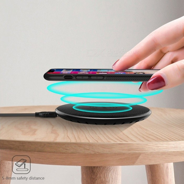 ... HOCO CW14 Wireless Charger Ultrathin Round Mobile Phone Charger For  IPhone Samsung S9 Red e030c22c53c
