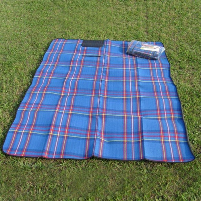 150 x 200cm Camping Plaid Picnic Beach Mat Blanket - BlueSleeping Pad<br>Form  ColorBlueQuantity1 pieceMaterialCashmere, PE CottonBest UseFamily &amp; car camping,CampingSleeping Pad TypeOthersSleeping Pad ShapeRectangularPacking List1 x Camping mat<br>
